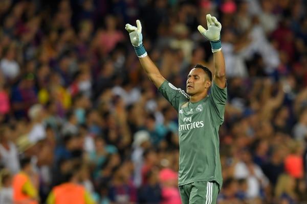 El Halcón Navas alcanzó su segundo triunfo personal a nivel oficial contra el Barcelona como visitante. Antes lo hizo en Liga, AFP.