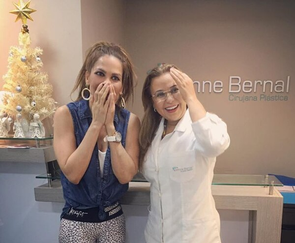 Yazmín dice que encontró un ángel en Colombia porque la doctora Ivonne Bernal le salvó la vida. Instagram