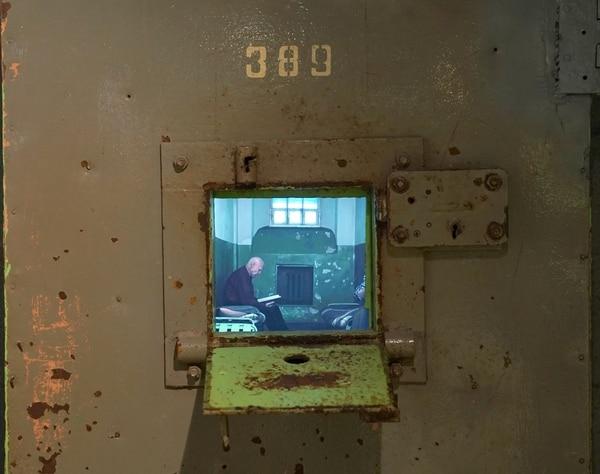 El museo también recrea cómo eran las celdas de los prisioneros capturados por esta agencia de inteligencia. AFP
