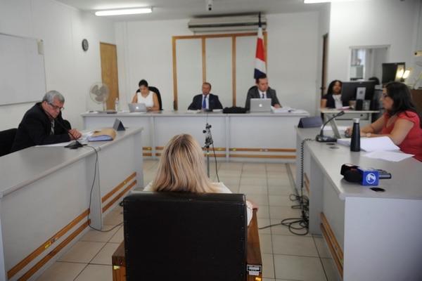 El caso se lleva en la sala 1 de los Tribunales de Desamparados, los jueces son Angie Padilla, Freddy Sandí y Willy Escalante. Gesline Anrango