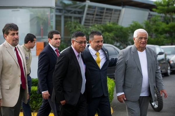 Rodolfo Villalobos está pulseando la reelección, tiene dos competidores que le quieren quitar la silla presidencial. Foto: Luis Navarro