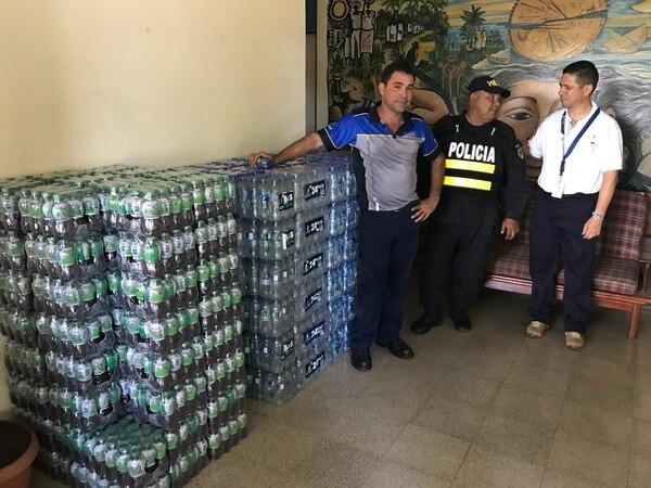 Florida Bebidas donó productos a als delegaciones centrales de San José, Limón, Puntarenas y Guápiles. Foto: Cortesía del MSP.