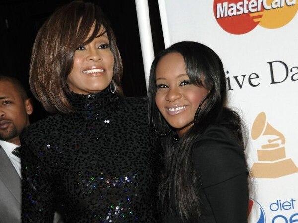 Tanto Whitney como su hija tuvieron trágicos finales. AP