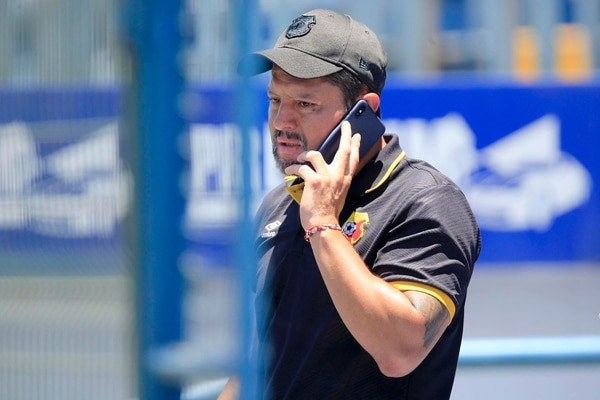 Soto dijo que a la Liga le regalaron un punto ante Carmelita. Rafael Pacheco