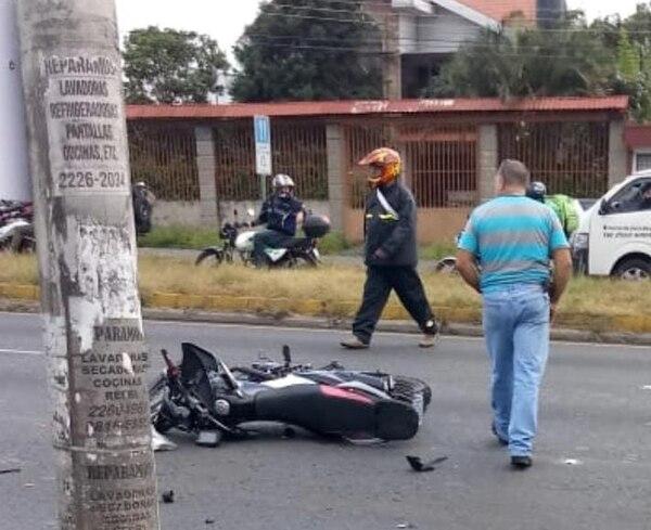 El policía tenía pocos meses de haber comprado la motocicleta, modelo 2018, estaba libre y al parecer iba para la casa. Foto: Cortesía para LT