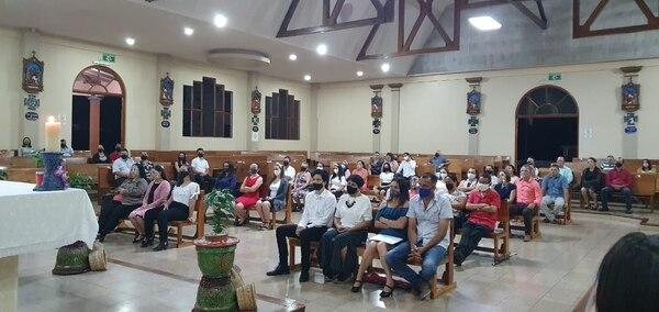 El pasado viernes 4 de setiembre hubo confirmación en la parroquia de Aguas Zarcas. Cortesía.