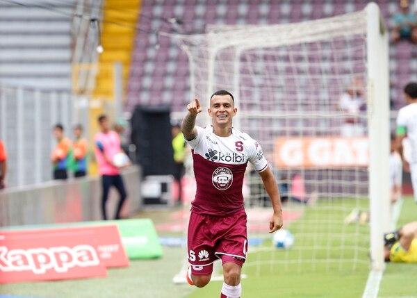 Rándall Leal anotó el 2-0 y ayudó en el tercer pepino morado. Albert Marín