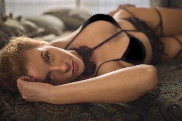 Mimi Ortiz asegura que su cama es lo más sagrado que hay para ella. Instagram