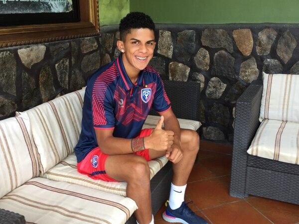 Rachid es joven, pero está muy ubicado. Foto Luis Quirós