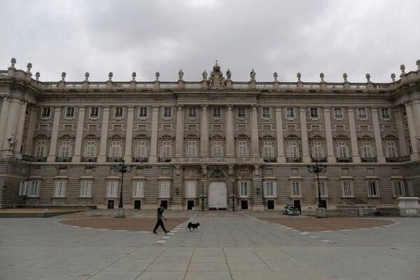 Los sitios turísticos de España están desolados. Foto AP