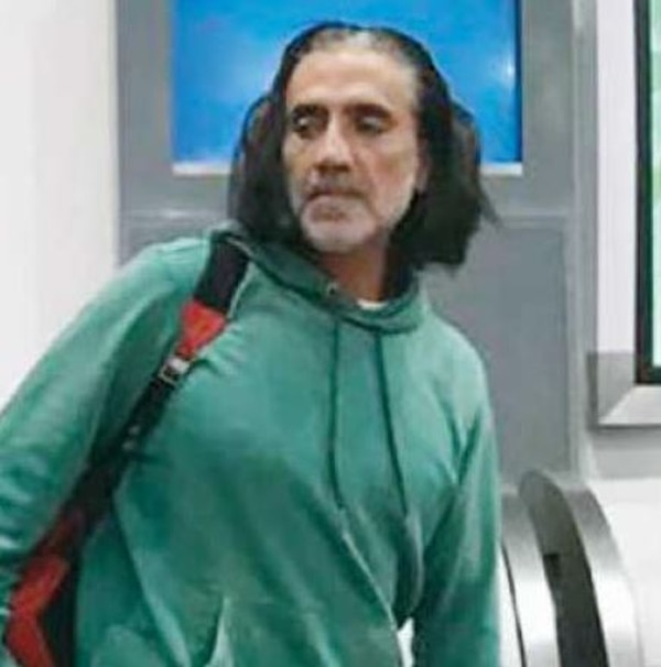 El Potrillo causó conmoción en un vuelo hacia Durango. TV Notas.
