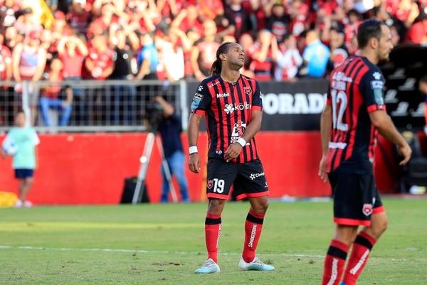 Jonathan McDonald fue muy crítico con la actuación de su equipo. Foto: Rafael Pacheco