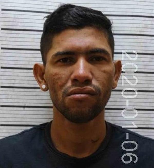 Carlo Magno Samudio Morales, de 36 años, sentenciado por el delito de robo agravado, es requerido por el Juzgado de Ejecución de la Pena de Puntarenas. Foto: OIJ