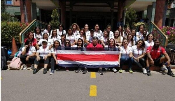 Selección Nacional femenina de fútbol americano se encuentra varada y sin plata en Hondura. Foto: Cortesía