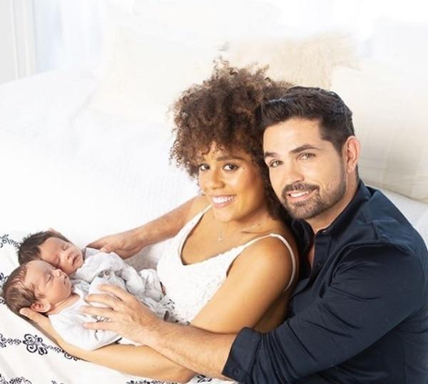 En esta foto Dante y Tadeo tenían dos meses y medio de nacidos. Instagram