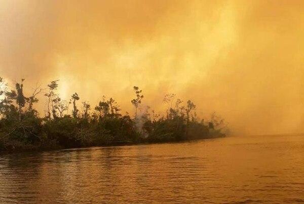 El incendio lleva una semana. Foto: Cortesía Ejercito de Nicaragua