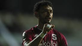 Michael Barrantes: cuerpo técnico de Saprissa reacciona ante críticas de jugador