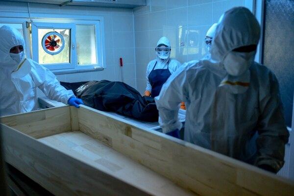 La morgue de Ciudad Quesada tuvo que cerrar sus puertas temporalmente. (Photo con fines ilustrativos AFP)