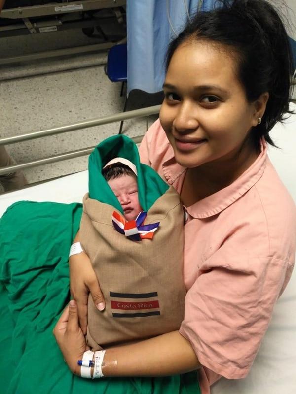 Hermoso detalle para recibir a los recién nacidos en el hospi de Heredia. Foto: CCSS