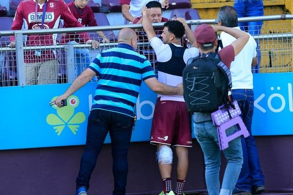 Michael salió un poco golpeado este domingo, pero aseguró que llegará con todo al jueves para enfrentar al Olimpia por Liga Concacaf. Foto: Rafael Pacheco