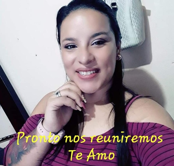 Maureen Esquivel gestionó todo. Ama a su esposo Alonso Peña, hasta se casaron en La Reforma. Foto: Cortesía.