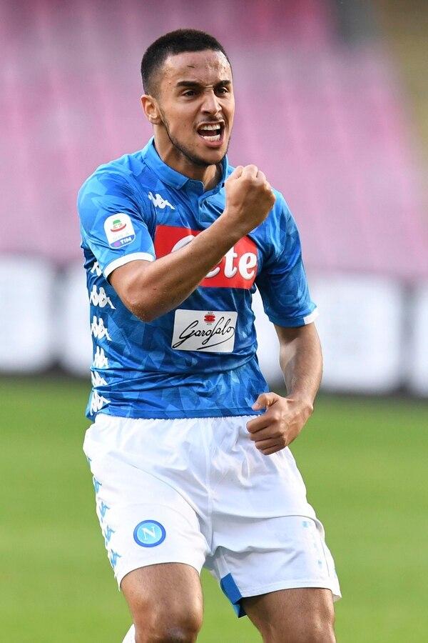 Adam Ounas del Napoli, celebra con todo su gol, este sábado contra el Frosinone en la Serie A. AP