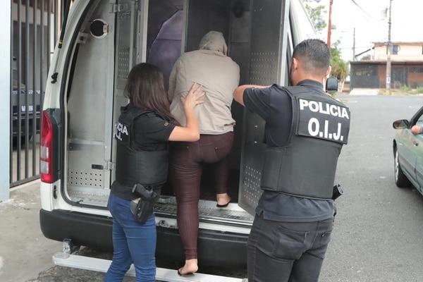 La madre fue quien llevó al bebé a la clínica de Alajuelita, ella está detenida. Foto: Alonso Tenorio.