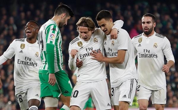 Luka Modric aportó su golcito. AP