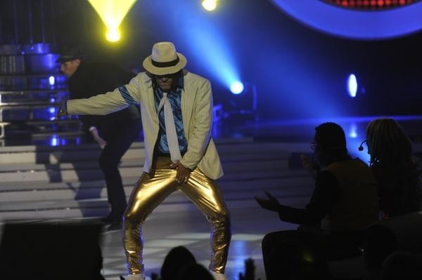Tapón se meneó en la final anterior como Michael Jackson /Gesline Anrango
