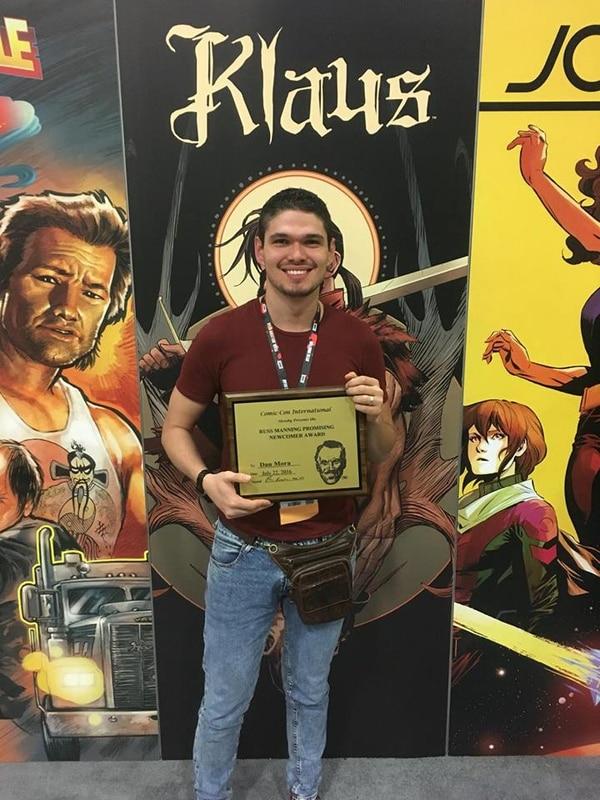 Este es Daniel, justo el día en que ganó el premio Klaus que lo lanzó al estrellato del universo de los comics. Cortesía.