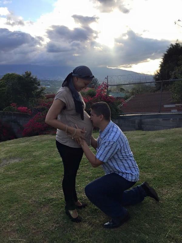 Jeffry en todo momento apoyó a su esposa y le dijo que iban a salir adelante juntos. Foto: Cortesía de Viviana León.