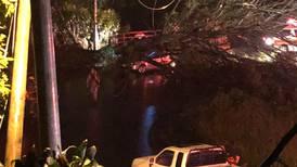 Baldazos provocan 63 inundaciones y 21 deslizamientos en distintos puntos del país