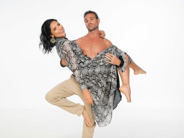 Johanna Ortiz y Esteban Salazar se casaron en diciembre de 2014 y los dos se dedican a dar clases de yoga. Foto: Jeffry Zamora