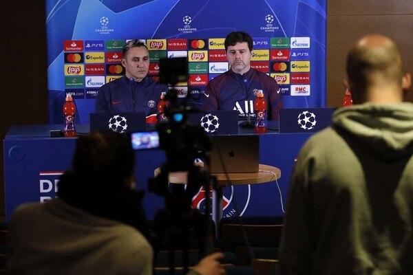 El portero tico atendió a los medios, junto al técnico Mauricio Pochettino. PSG.