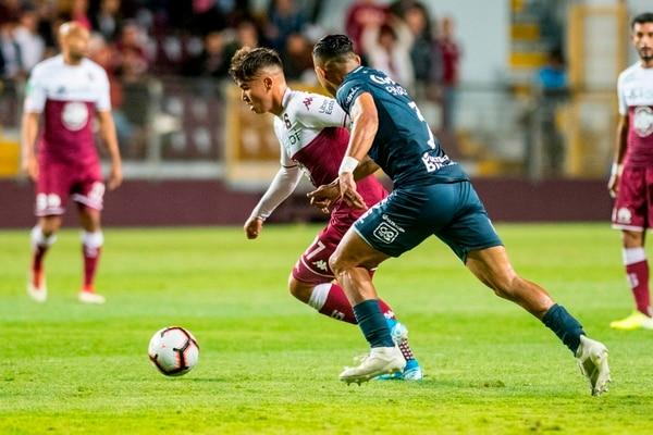 Manfred Ugalde fue titular, no tuvo chances claros de gol y salió de cambio al 70' por David Ramírez. José Cordero