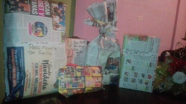 Alejandra Espinoza ya envolvió algunos regalos con La Teja. Foto: Alejandra Espinoza