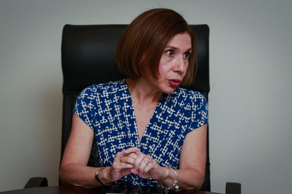 07/11/2017. Paseo Colón, San José. Enrevista a Annabelle Ortega, directora de la Cámara de Bancos.