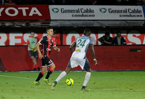Wílmer López destacó el debut de José Miguel Cubero con la rojinegra. Foto: Rafael Murillo.