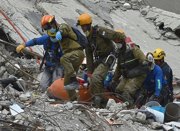 Terremoto en México: la historia de Monchito, el otro niño