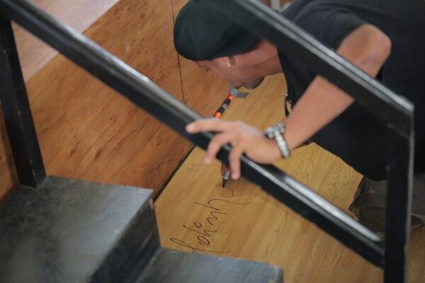 Dinho marcó la cancha literalmente, porque puso su chayotera. Foto jeffrey zamora
