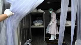 En Tailandia son tantos los muertos por covid-19 que las morgues deben alquilar contenedores refrigerados