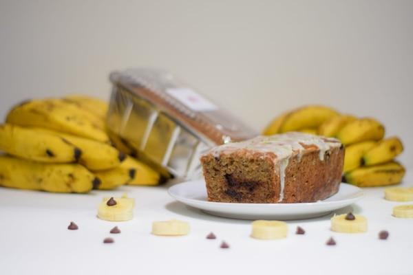 El queque de banano y las galletas de mantequilla son su especialidad. Foto: Cortesía