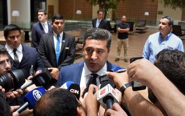 El presidente de Boca Juniors, Daniel Angelici, no pudo con tres apelaciones, convencer a la Conmebol en dos de ellas y en una al TAS para ganar la Libertadores en la mesa. AFP
