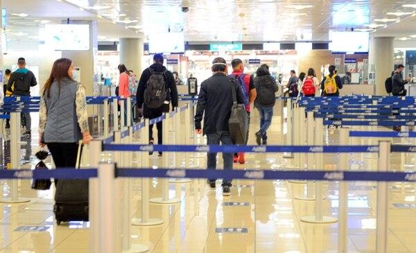 A partir del próximo lunes ya no será necesario presentar la prueba covid negativa para entrar a nuestro país. Foto: Cortesía ICT.