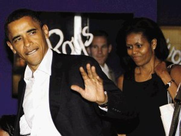Barack Obama le cayó a Donald Trump por no aceptar la derrota. Archivo