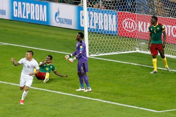 Eduardo Vargas, cerró el debut ganador de Chile en una Confederaciones. AP