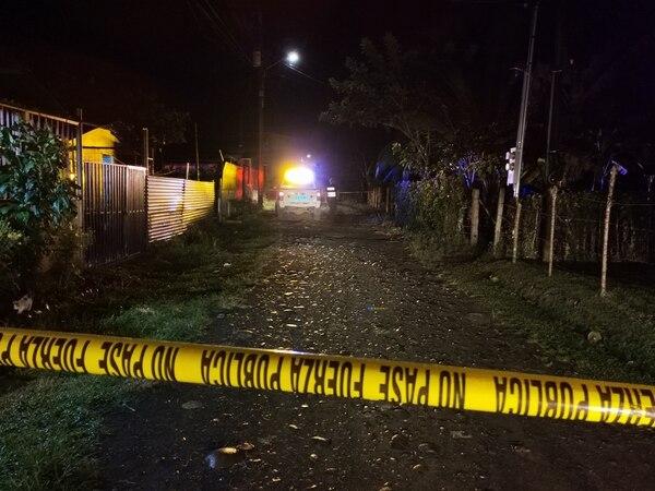 Los pistoleros llegaron a la casa del cantante y dispararon contra él y su madre quien trató de defenderlo. Foto de Reiner Montero.