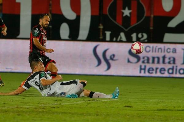 Marcos llegó a cuatro goles en este Apertura. Fotos: Mayela López
