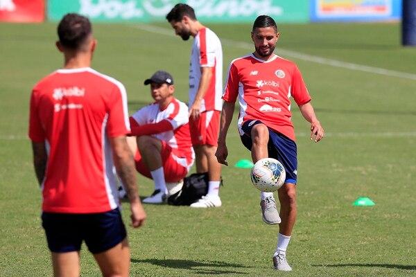 Marvin disfrutó su primer entrenamiento con la Tricolor. Foto: Rafael Pacheco