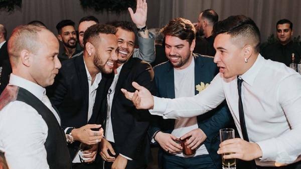 Neymar no esconde ninguna fiesta, todo lo publica. Foto: Diario AS